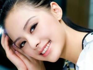 Cằm đẹp giúp bạn cuốn hút và để lại nhiều ấn tượng với mọi người
